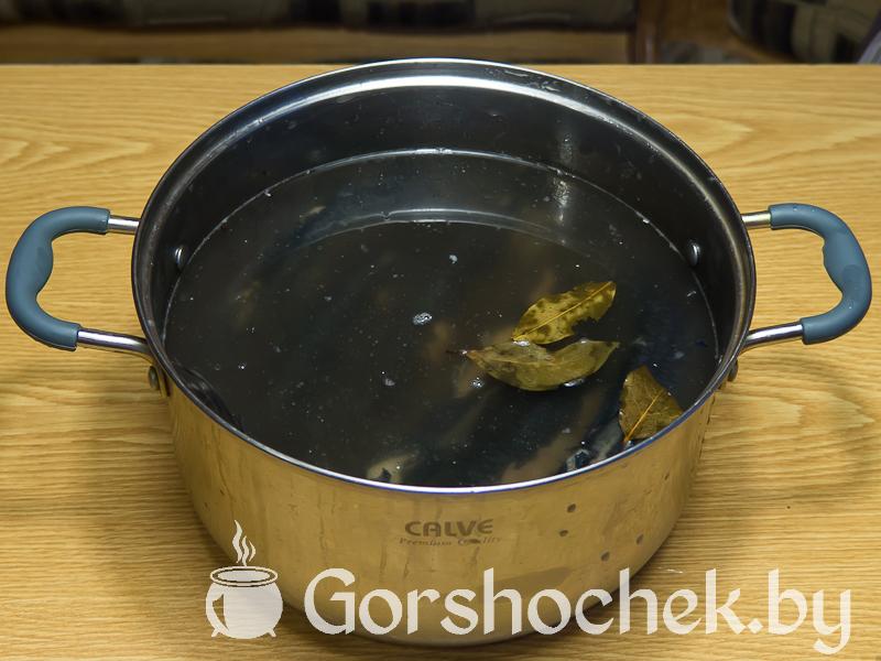 Как засолить селёдку в домашних условиях когда рассол остыл, заливаем им селёдку